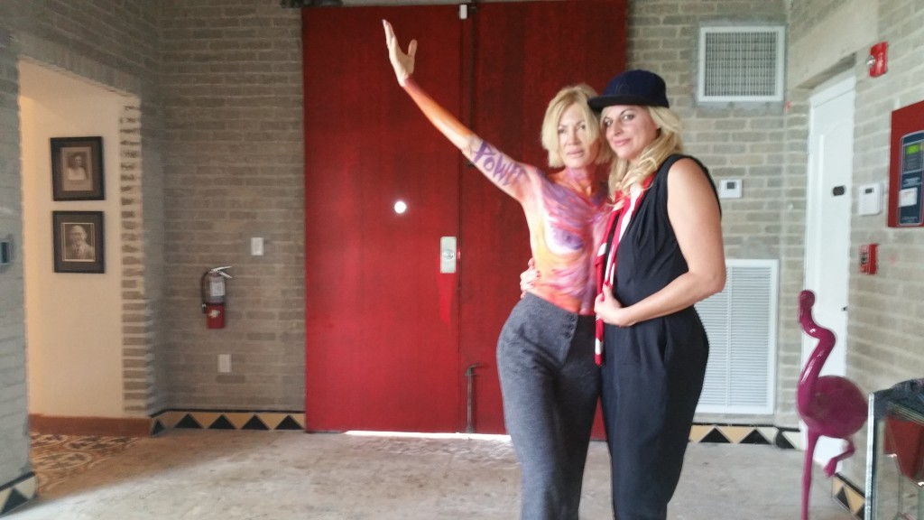 Nicole (R) with Artist