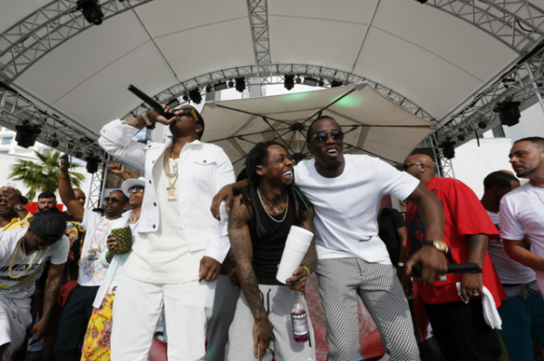 lil-wayne-joins-mase-puff-daddy-with-a-surprise